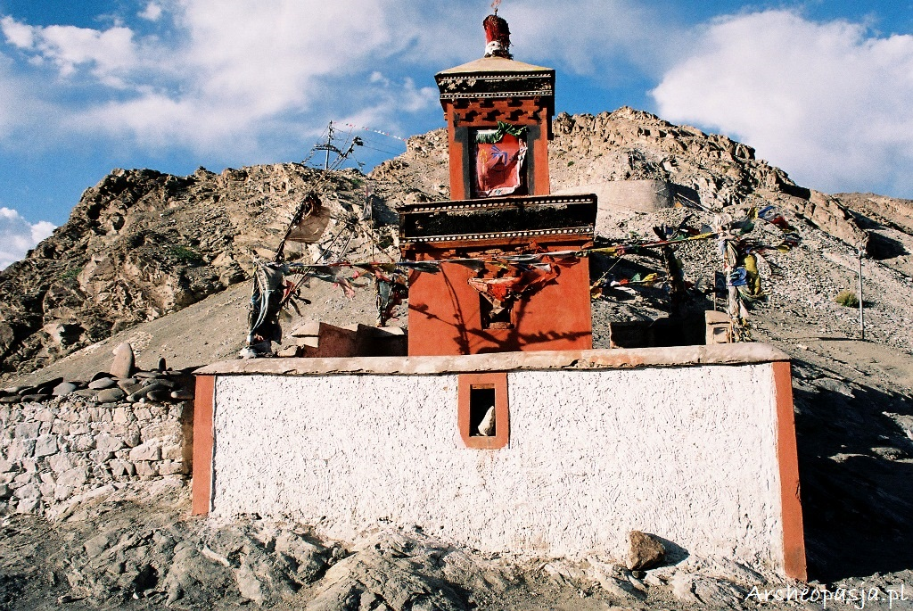 Czorten w pobliżu Saspol, Ladakh