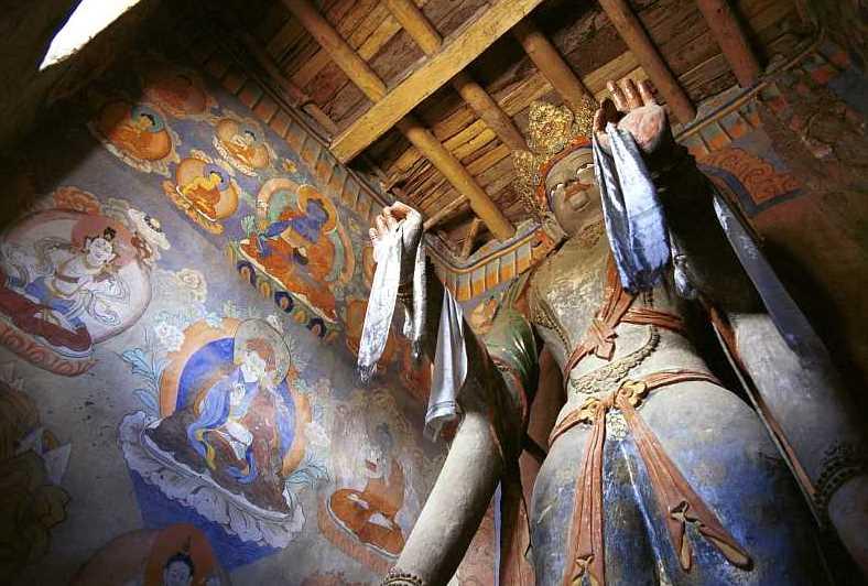 Posąg Tary z kaplicy bodhisatwy Manjushriego. Fot. Y.Shishido. Creative Commons