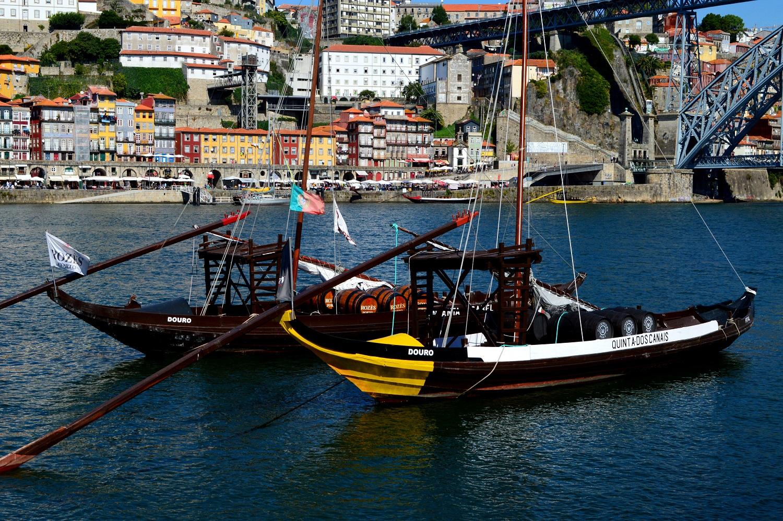 Bracos rabelos, które w przeszłości transportowały wino wzdłuż rzeki Douro