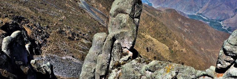 Piękno rodzi się w bólu, czyli mozolna wędrówka na płaskowyż Marcahuasi w Peru