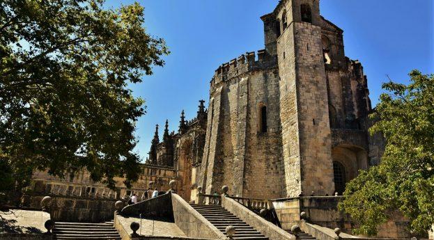 Tomar – od romańskiej bryły po manuelińskie cuda