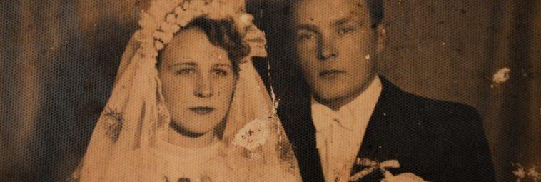 Listopadowe epitafium – historia utkana z rodzinnych wspomnień
