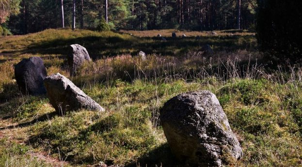 Wielbarski fenomen na Pomorzu, czyli cmentarzyska z kręgami kamiennymi – subiektywny przewodnik archeologiczny